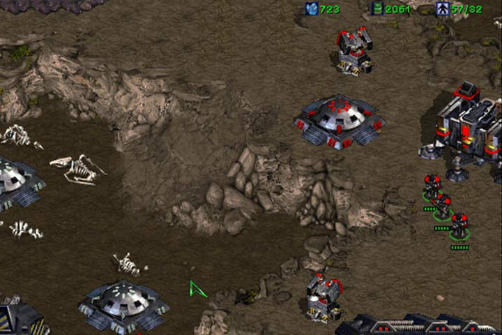 After the zerg counterattack in the right side, leave the small base and start training troops. - Mission 6 - Norad II | Terran | Campaign Walkthrough - Terrans - StarCraft: Remastered Game Guide