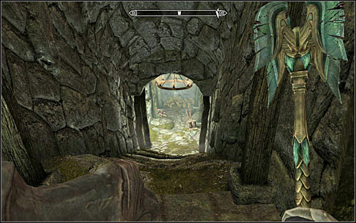 After picking up all things, locate a passage in the north-western part of the chamber - The Silver Hand - The Companions quests - The Elder Scrolls V: Skyrim Game Guide