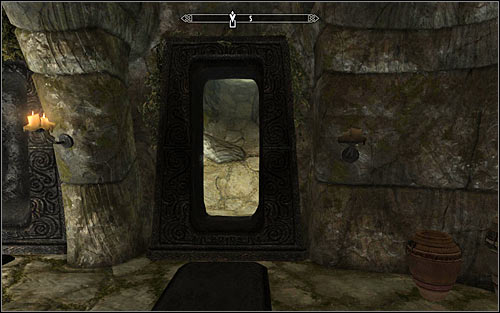 After winning the battle you might look around the chamber, finding a chest with very valuable items - Proving Honor - p. 2 - The Companions quests - The Elder Scrolls V: Skyrim Game Guide
