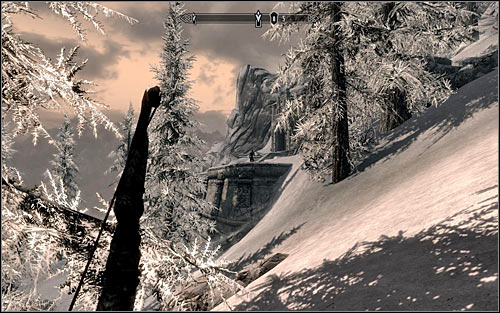 Unfortunately you have to reckon with the fact that there are few bandits outside to be defeated - Mourning Never Comes - p. 1 - The Dark Brotherhood quests - The Elder Scrolls V: Skyrim Game Guide