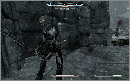 Start eliminating the Draugrs that have appeared on your radar before - Reaching the portal | The World-Eaters Eyrie - The World-Eaters Eyrie - The Elder Scrolls V: Skyrim Game Guide