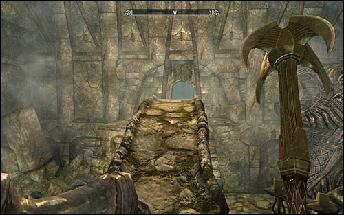 After the battle, use the stairs to reach the upper balconies and afterwards cross the bridge leading west (screen above) - Reaching the portal | The World-Eaters Eyrie - The World-Eaters Eyrie - The Elder Scrolls V: Skyrim Game Guide