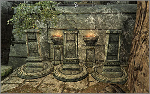 Use the stairs on the right - Heading to Alduins Wall | Alduins Wall - Alduins Wall - The Elder Scrolls V: Skyrim Game Guide