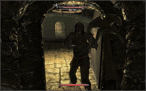 If you have chosen the longer path, you need to take into account that you will have to eliminate Skeever and Gian the Fist (screen above) - Finding Esbern | A Cornered Rat - A Cornered Rat - The Elder Scrolls V: Skyrim Game Guide