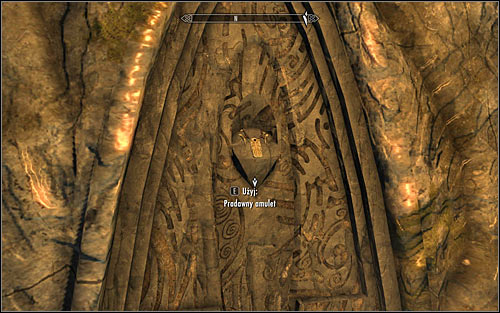 In the end head to the artifact furthest from Arniel, that is the Saarthal Amulet hanging from the wall (screen above) - Under Saarthal - p. 1 - College of Winterhold quests - The Elder Scrolls V: Skyrim Game Guide
