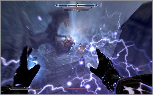 Throughout the fight you will most of all have to keep in mind that the Boss will try to attack you with lightning on a regular basis (screen above) - Staff of Magnus - p. 3 - College of Winterhold quests - The Elder Scrolls V: Skyrim Game Guide