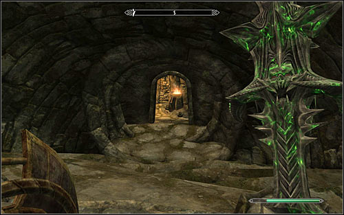 Use the passage unlocked after speaking with Valdar, heading south - Evil In Waiting - Side quests - The Elder Scrolls V: Skyrim - Game Guide and Walkthrough