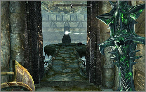 Ignore the western stairs and use the ones in the eastern part of the room - The Break of Dawn - p. 2 - Daedric quests - The Elder Scrolls V: Skyrim Game Guide