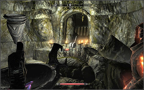 Enter the north-west room (the dining room) and head through the passage in the north-east part - Pieces of the Past - p. 2 - Daedric quests - The Elder Scrolls V: Skyrim Game Guide