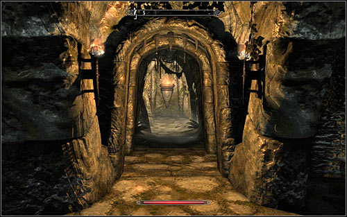 Pulling the lever will raise the grate, so return to the middle room and head into the newly unlocked south-west corridor (screen above) - Pieces of the Past - p. 2 - Daedric quests - The Elder Scrolls V: Skyrim Game Guide