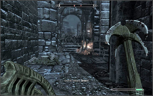 Soon, you should reach a fork in the road (the above screen) and decide which way to go - Battle for Windhelm | Imperial Legion Quests - Imperial Legion Quests - The Elder Scrolls V: Skyrim Game Guide