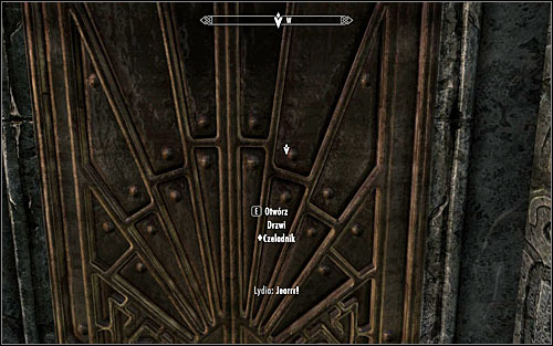 The amulet youre looking for is located in one the bedroom on the ground floor, but unfortunalety reaching it isnt easy - Compelling Tribute - p.1 | Stormcloak Rebellion Quests - Stormcloak Rebellion Quests - The Elder Scrolls V: Skyrim Game Guide