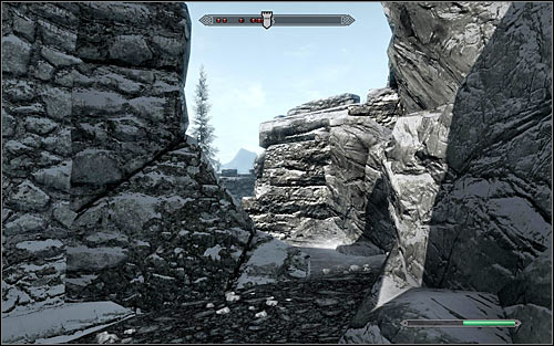 A much safer way into the fort is to go around it to the north entrance (the above screen) - The Battle for fort Hraggstad | Stormcloak Rebellion Quests - Stormcloak Rebellion Quests - The Elder Scrolls V: Skyrim Game Guide