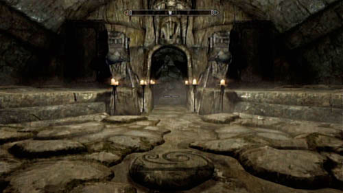 Head inside the Temple Miraak together with the warrior and take a look around the rooms - you should find some valuable items and a treasure chest - Find the source of Miraak's power - Main story mode - The Temple of Miraak - The Elder Scrolls V: Skyrim - Dragonborn - Game Guide and Walkthrough