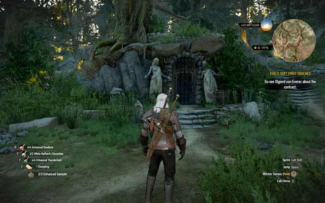 Crypts are always hiding interesting items - in this case a collectors gauntlets - New Moon gear set - Gear Sets - The Witcher 3: Wild Hunt Game Guide & Walkthrough