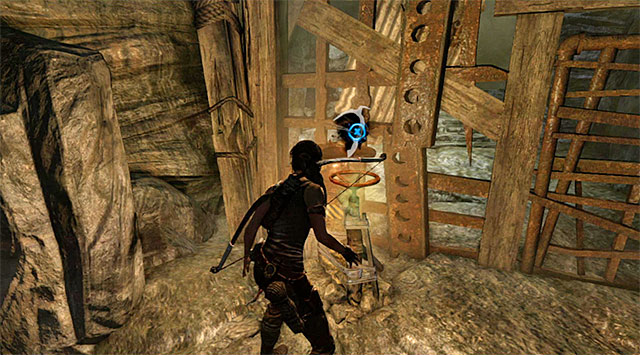Its a good idea to take a moment and search this section of the caves; the sideway passages will lead you to many collectibles - Rescue the Captured Endurance Crew | 16: No One Left Behind Walkthrough - 16: No One Left Behind | Walkthrough - Tomb Raider Game Guide