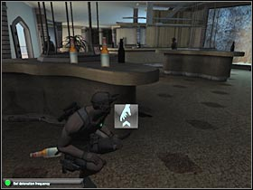 One of the guards will be moving towards your table - Mission 7.1 [Cozumel - Cruise Ship] - Walkthrough - Tom Clancys Splinter Cell: Double Agent - Game Guide and Walkthrough