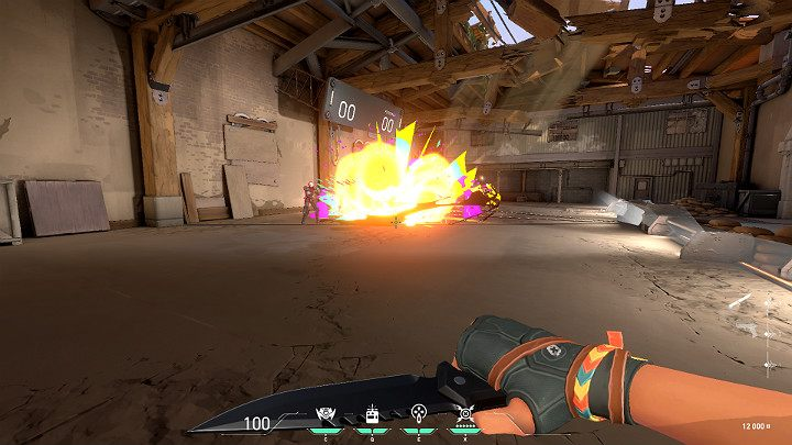 Способность Showstopper полезна во многих ситуациях, например, когда вы захватываете бомбу, вы можете уничтожить цели, прячущиеся за стеной, или взорвать игрока, который в данный момент обезвреживает заряд взрывчатки - Valorant: Raze (Duelist) - навыки, особенности, советы - Персонажи - Руководство Valorant